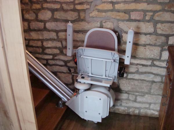 Rangement d'un monte-escaliers